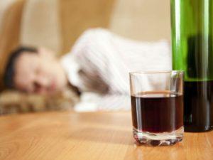 L'alcohol no ajuda a dormir millor
