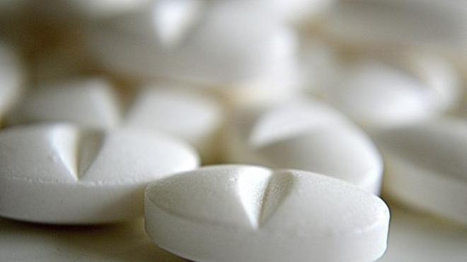 Cómo interactúa el alcohol con el ibuprofeno