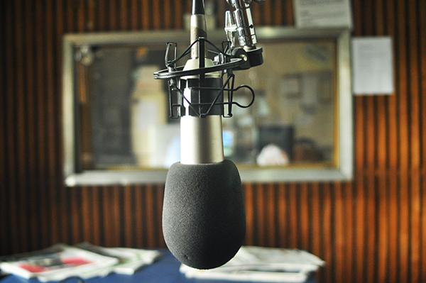 Parlem sobre addiccions a Ràdio Castelldefels
