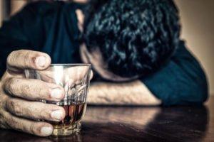 L'alcohol és la droga que provoca més addicció a Catalunya