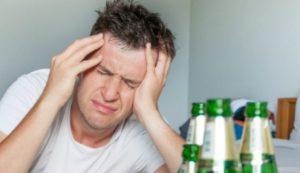 Per què la ressaca empitjora amb l'edat
