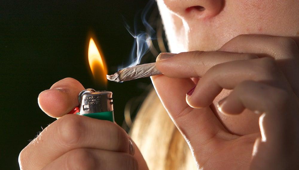 En este momento estás viendo Efectos a largo plazo del consumo de marihuana en adolescentes